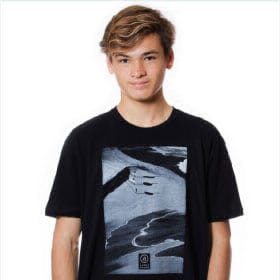 Aaron Chang T-shirts
